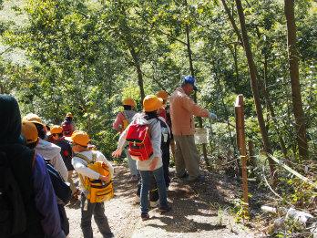 久保川と天王山の森を守る会の活動写真