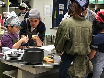 学生料理協会の活動のようす画像