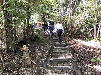 猪子山・地獄越え周辺の山道を良くする会  活動のようす画像
